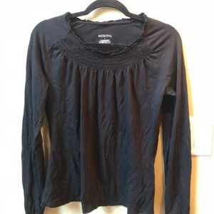 Tops - Women's black long sleeve top